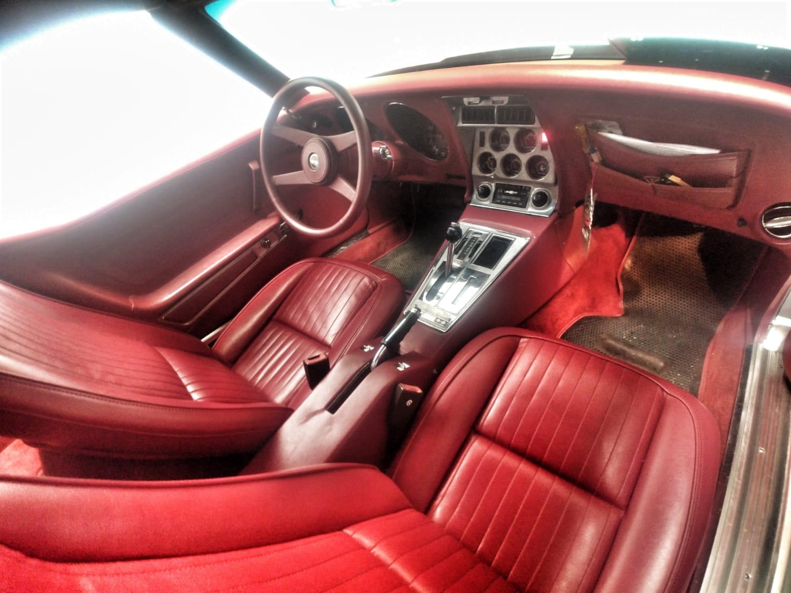 Corvette C3 Stingray 1976